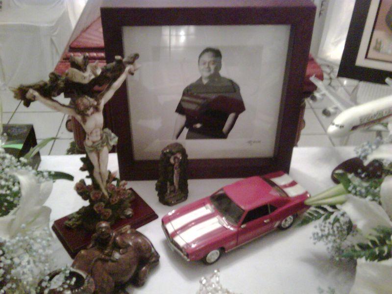 Keterangan gambar: Angky Camaro dan Chevrolet Camaro
